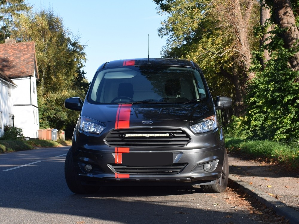ford_transit_courier_7_web